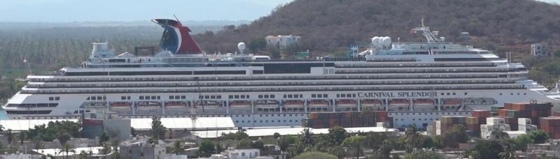 Llega crucero Carnival Splendor a Mazatlán