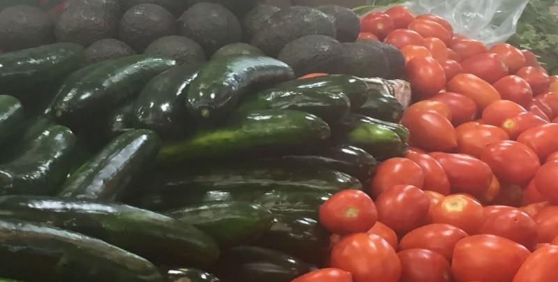 Algunos productos han bajado su precio como el tomate y el limón
