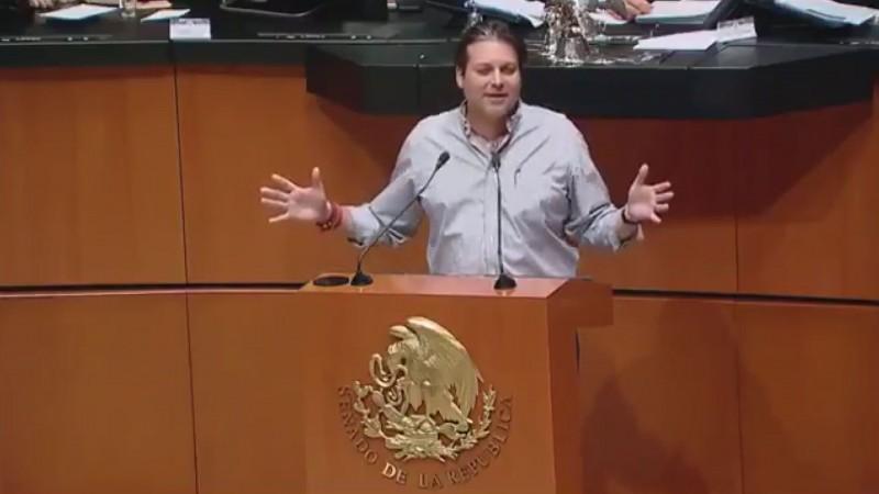 Ocurrencia del senador Mario Zamora ingesta de alcohol en horas de trabajo