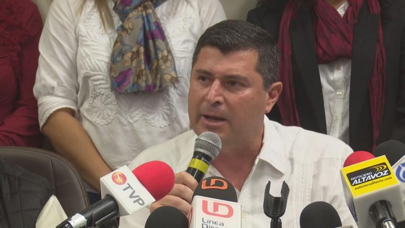 Insiste en juicio político para alcalde de Ahome Guillermo Chapman