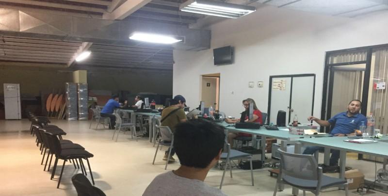 Sufren de calor trabajadores estatales en la Feria Ganadera Regional