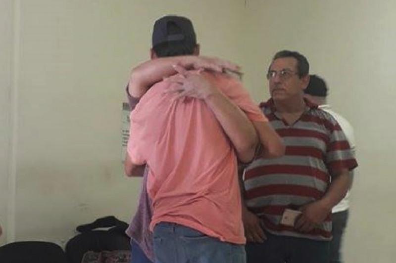 Aparece Jesús Eduardo en Mazatlán
