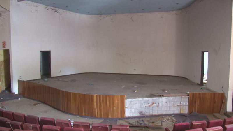 En completo abandono y vandalizado el antiguo auditorio del DIF Sinaloa