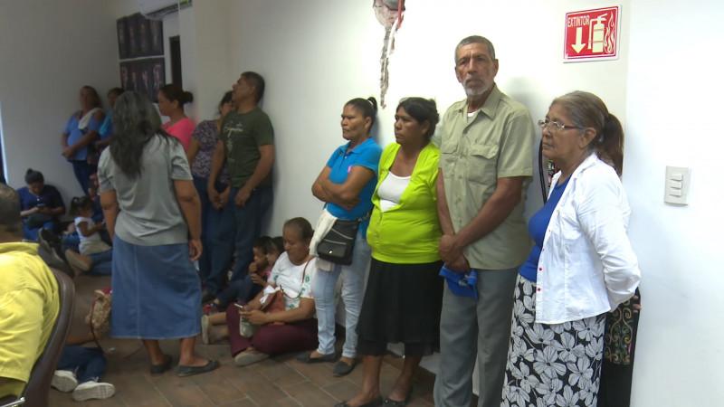 'Aquí no' bloquea ayuda social
