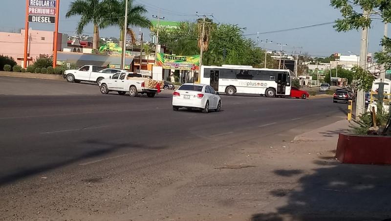 Cruce peligroso por el Blvd Francisco I. Madero