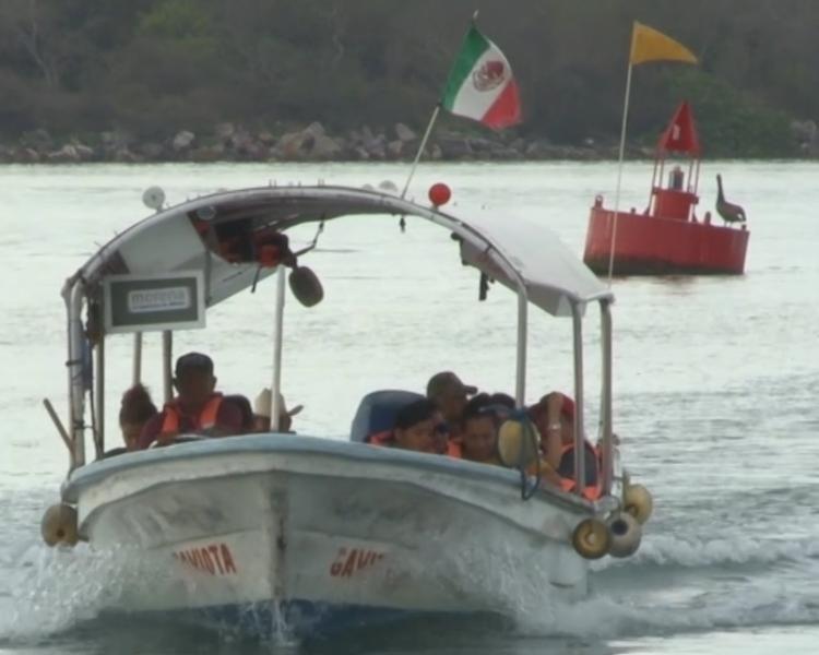 Consideran lancheros no habrá afectaciones con nuevo tramo carretero Aeropuerto-Isla de la Piedra