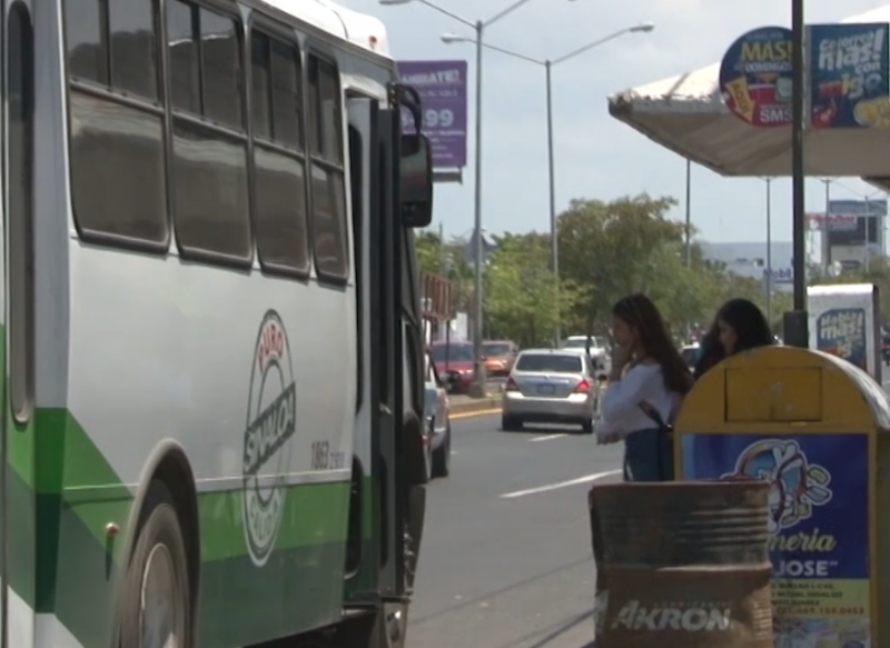Autorizan aumento en tarifa de transporte público