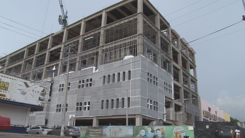 Gobernador de Sinaloa  Avanza en un 33% la obras del HPS