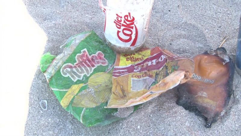 Vuelven a encontrar 'basura fósil' en playas de Mazatlán