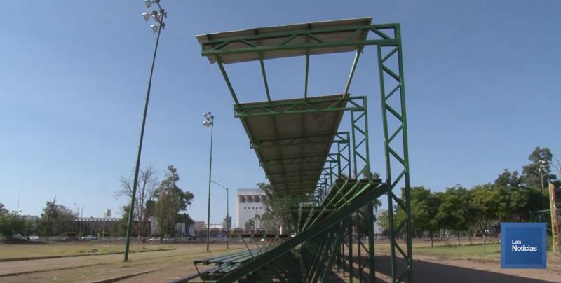 Abandonada la Unidad Deportiva del Plano Oriente
