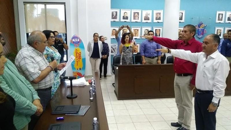 Le 'jalan' las orejas al Secretario de Seguridad en Mazatlán