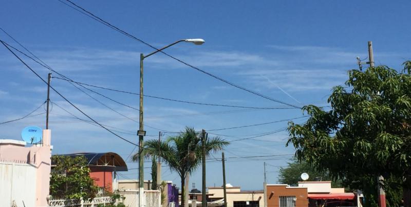 No funcionan las lámparas en  Lomas de San Isidro