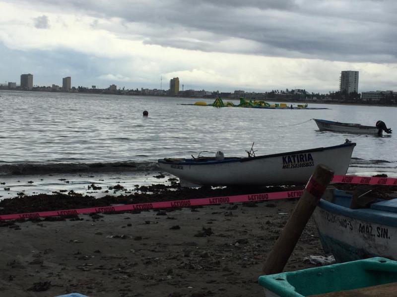 Muere pescador al caerle un rayo en Mazatlán
