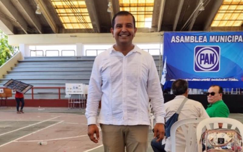 Roberto González es el nuevo dirigente del PAN en Mazatlán
