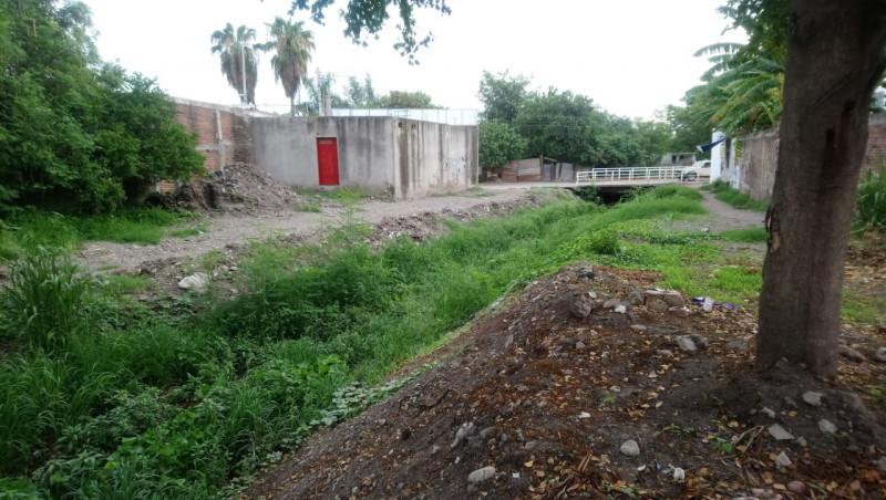 En malas condiciones el Arroyo de la colonia Amistad