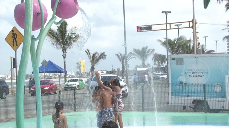 Chapoteadero interactivo un oásis para turistas y locales en Mazatlán