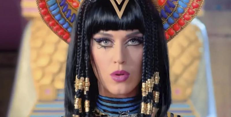 """Katy Perry es declarada culpable de plagio por la canción """"Dark Horse"""""""