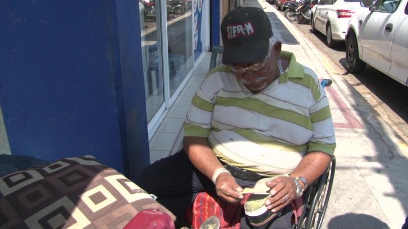 El bolero preferido por los políticos en Mazatlán