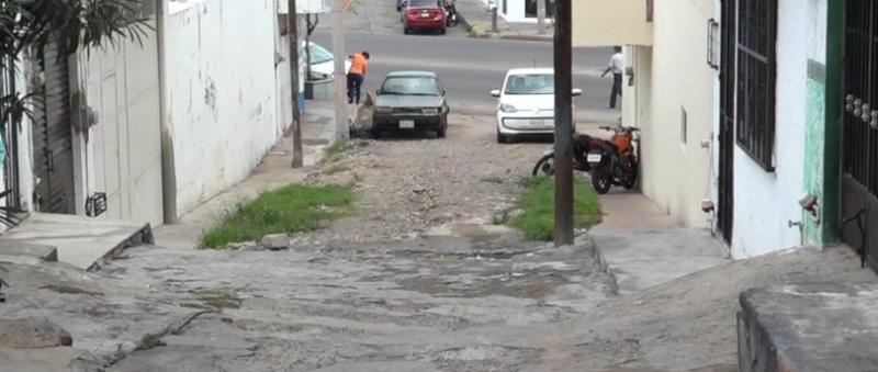Vecinos de callejón Puerto Viejo piden urgente pavimentación