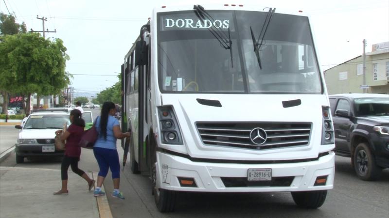 Reportan usuarios a choferes de camiones urbanos que abusan en cobro