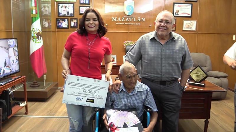 Se busca candidato para pensión universal en Mazatlán