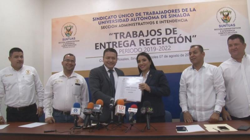 Entrega recepción SUNTUAS Administrativos con solvencia económica