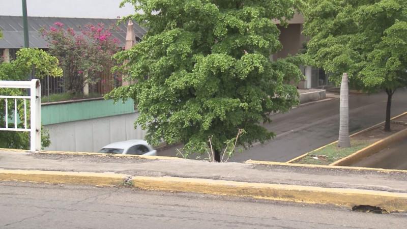 Peligran peatones al cruzar puente Hidalgo