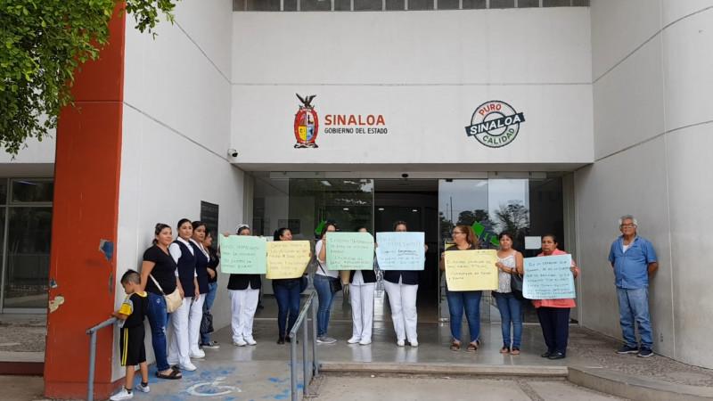Realizan manifestación en el hospital general