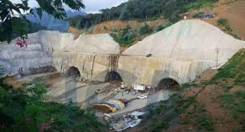 Se reactiva la construcción de la Santa María