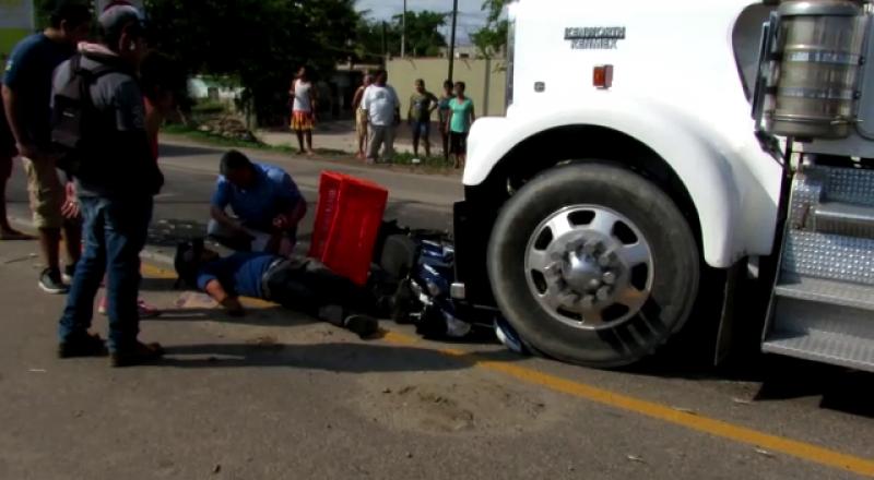 Motociclista lesionado tras accidente en la México 15