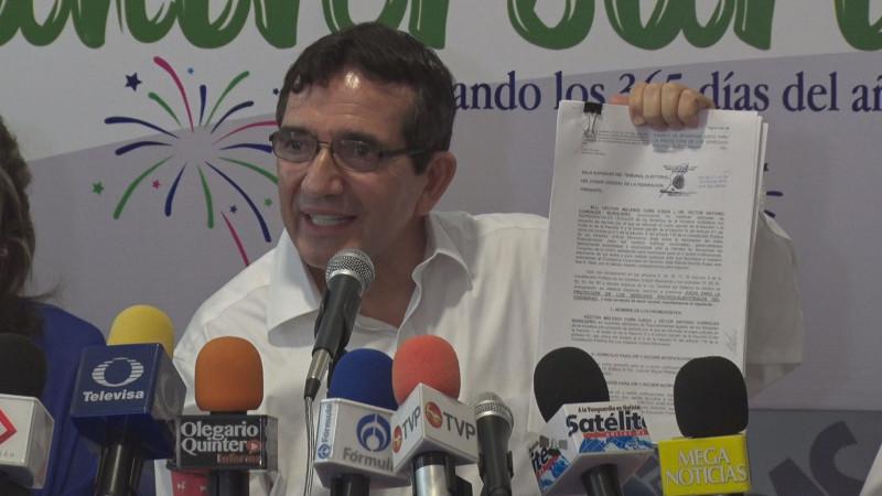 En la lucha el PAS con iniciativa para reducir prerrogativas a partidos políticos