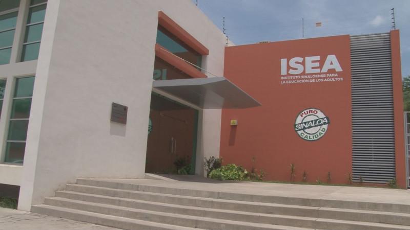 703 mil personas en rezago educativo en Sinaloa