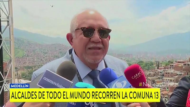 Se va Alcalde de la ciudad y les avisa por WhatsApp