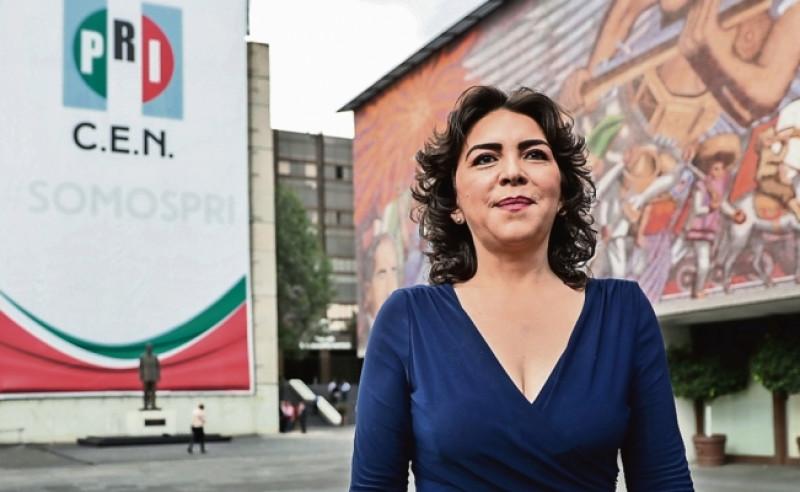 Renuncia Ivonne Ortega al PRI
