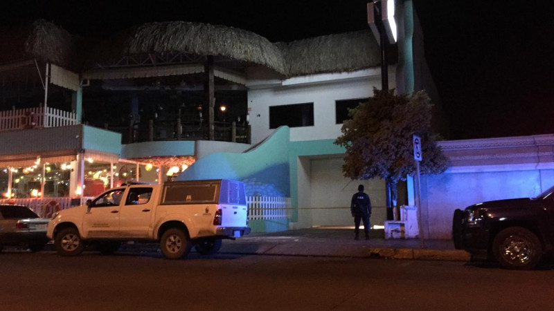 SSP y Fiscalía en investigación de homicidio en restaurante