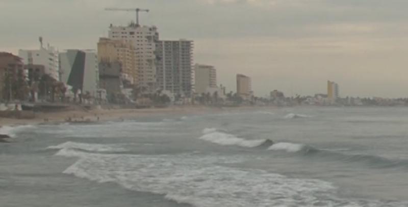16 rescates a bañistas se registran este fin de semana en Mazatlán