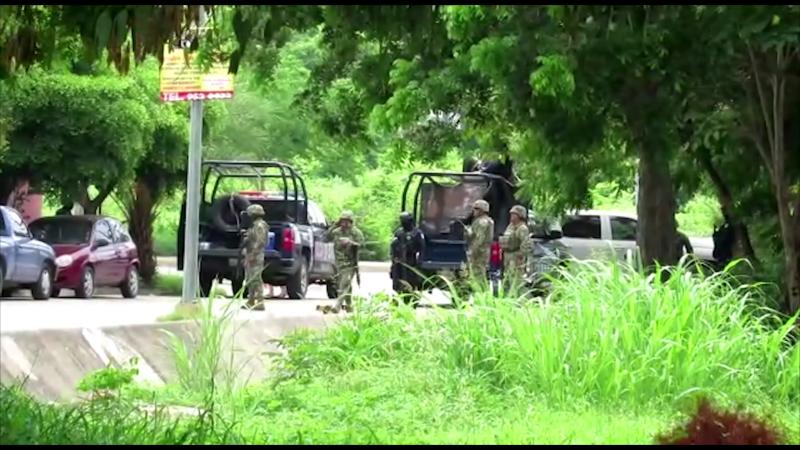Realizan operativo de seguridad en Valle Dorado