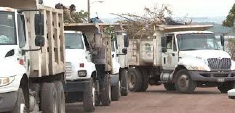 Serán seis y no tres los camiones que adquiera el municipio para cacharros
