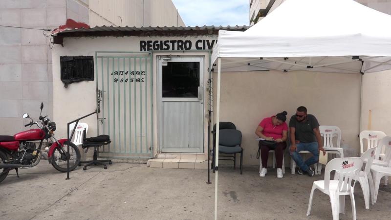 Pasan calorones en el Registro Civil del IMSS