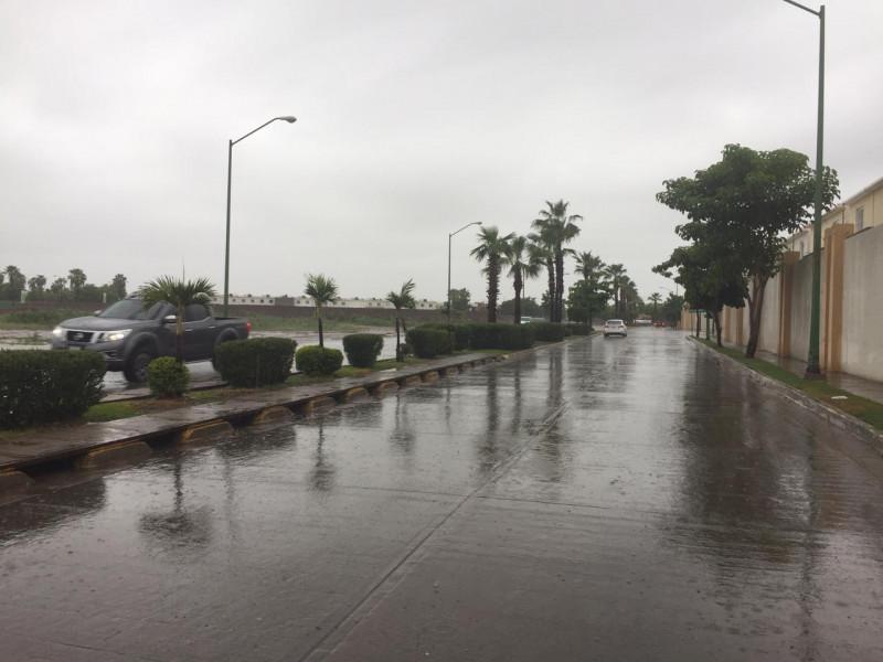 """Se mantiene el potencial de lluvias fuertes en Sinaloa consecuencia  """"Ivo"""""""