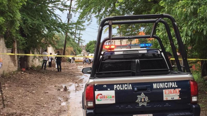 Ni la lluvia los detiene, asesinan a una persona en la Toledo Corro