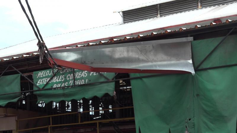 Resulta afectado también el mercado Pino Suárez por las lluvias