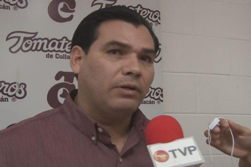 """Miguel """"el mariachi"""" Gonzalez está contemplado para lanzar con Tomateros"""