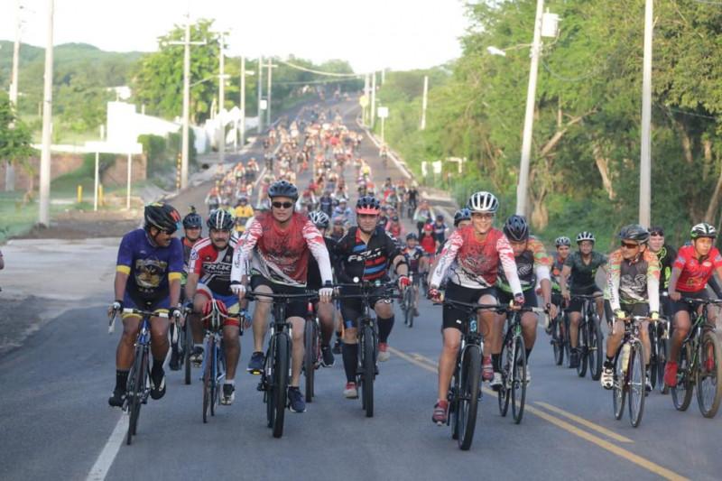 Con una rodada ciclista inauguran la remodelación de la Culiacán-Imala