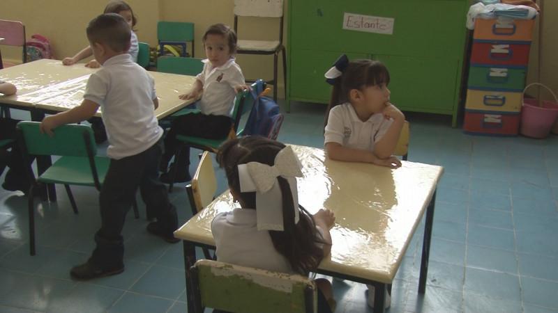 Entre risas y llantos, inician el ciclo escolar en los Jardines de Niños en Culiacán