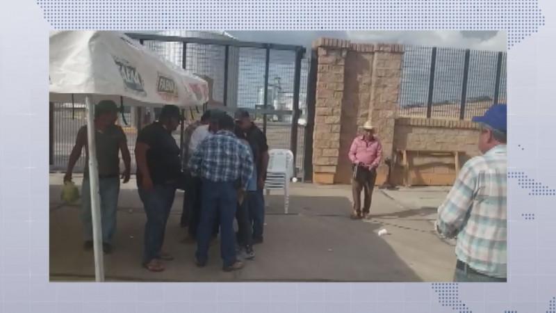 Productores del Évora logran acuerdo con la empresa Granos de Sinaloa y levantan la toma de bodegas