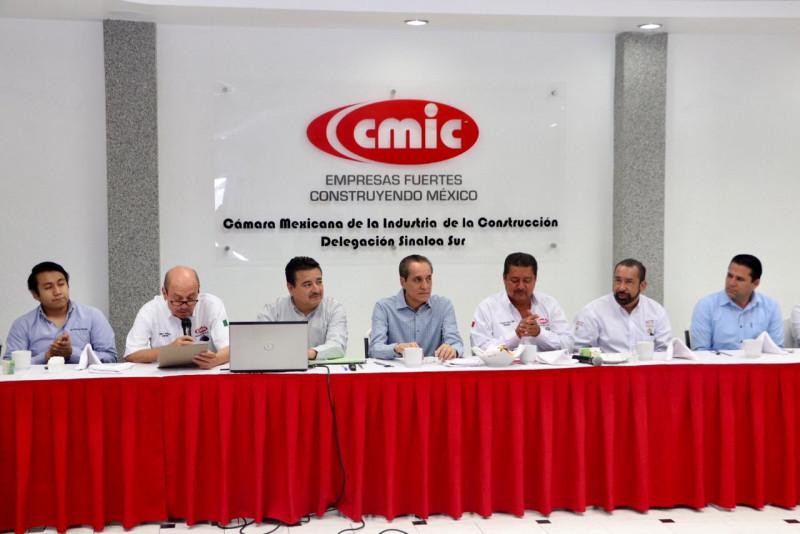 CMIC Mazatlán sostiene reunión por temas de construcción y licitación