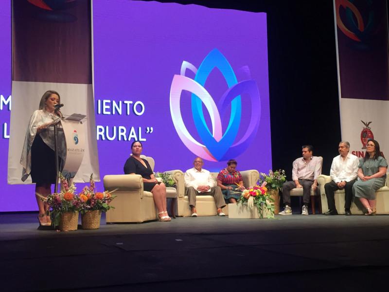 Rigoberta Menchú en Mazatlán destaca el empoderamiento de las mujeres