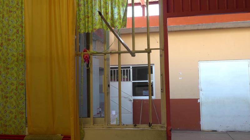 Suman 23 escuelas robadas en Mazatlán en vacaciones