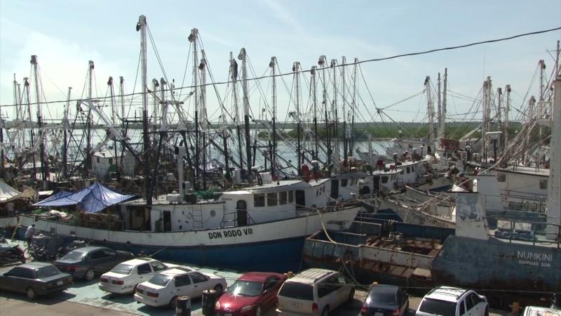 Barcos sin cargar combustible, pues esperan respuesta de AMLO